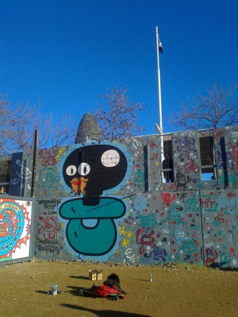 Wallspot - xupet -  - Barcelona - Agricultura - Graffity - Legal Walls - Il·lustració, Altres