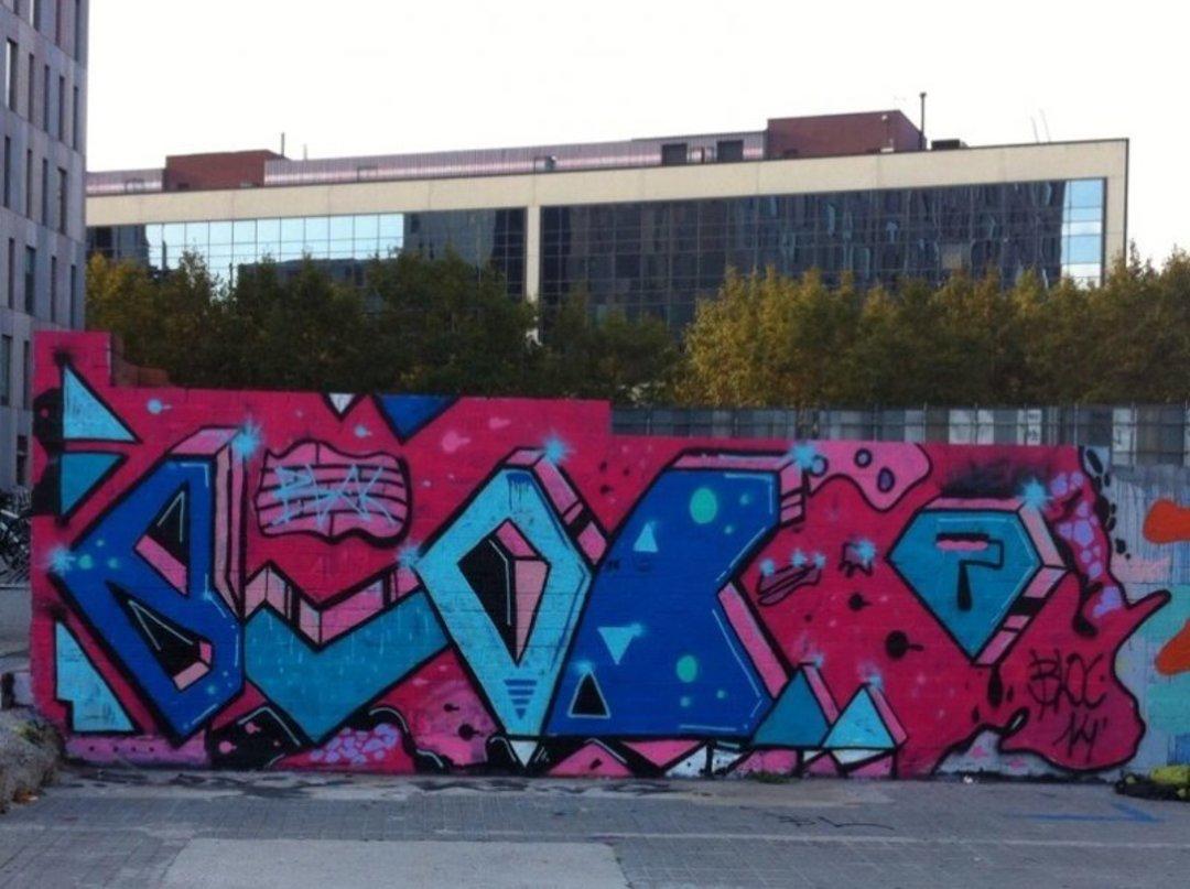 Wallspot - bloc -  - Barcelona - Glòries Wall - Graffity - Legal Walls - Letters