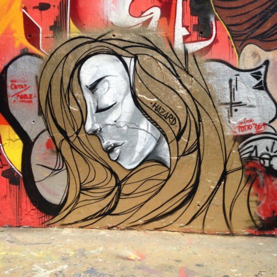 Wallspot - Hazard -  - Barcelona - Tres Xemeneies - Graffity - Legal Walls -
