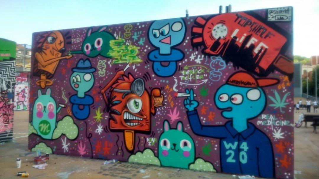 Wallspot - xupet -  - Barcelona - Tres Xemeneies - Graffity - Legal Walls - Lletres, Il·lustració, Altres