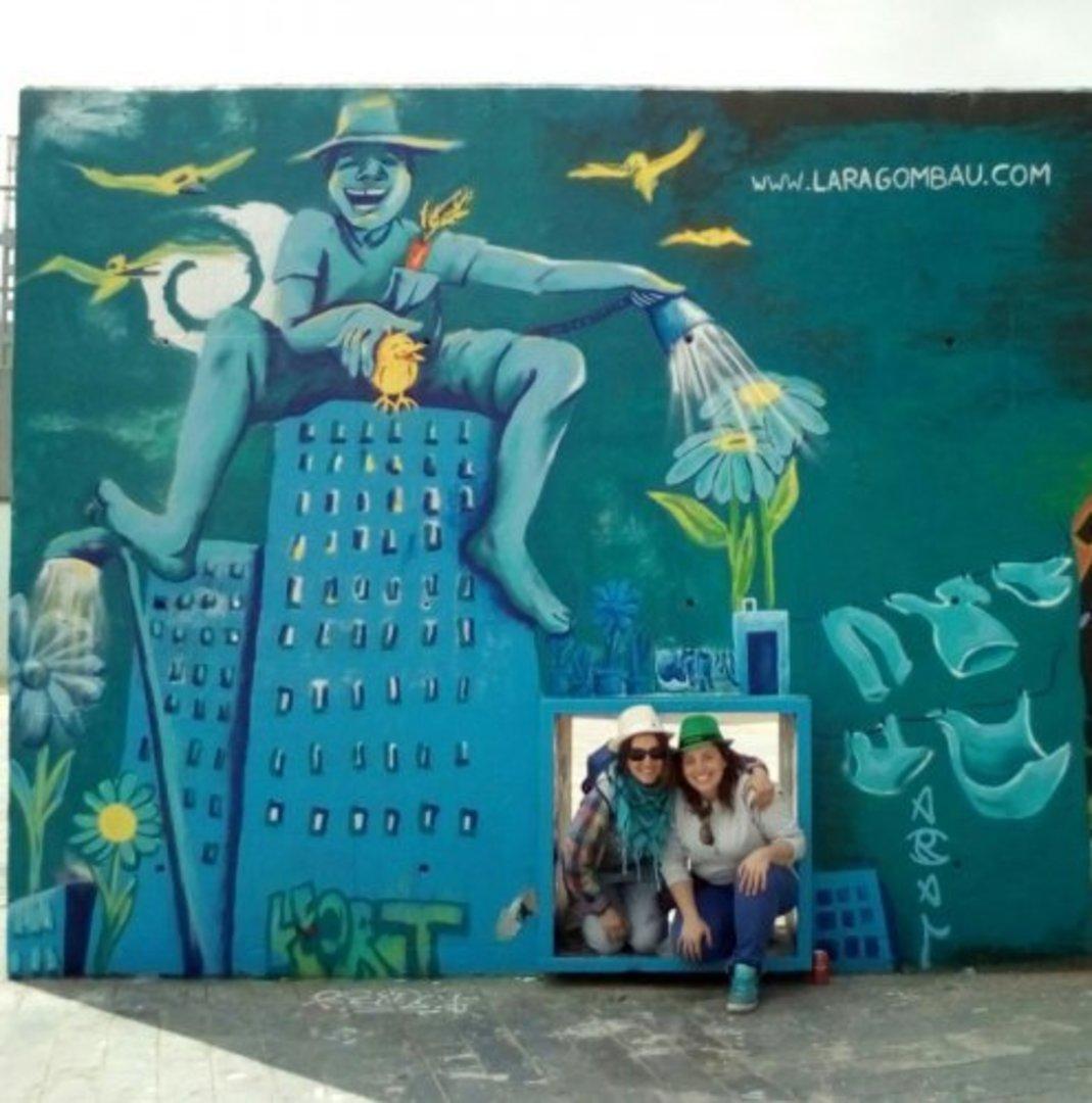 Wallspot - araL -  - Barcelona - Tres Xemeneies - Graffity - Legal Walls - Il·lustració