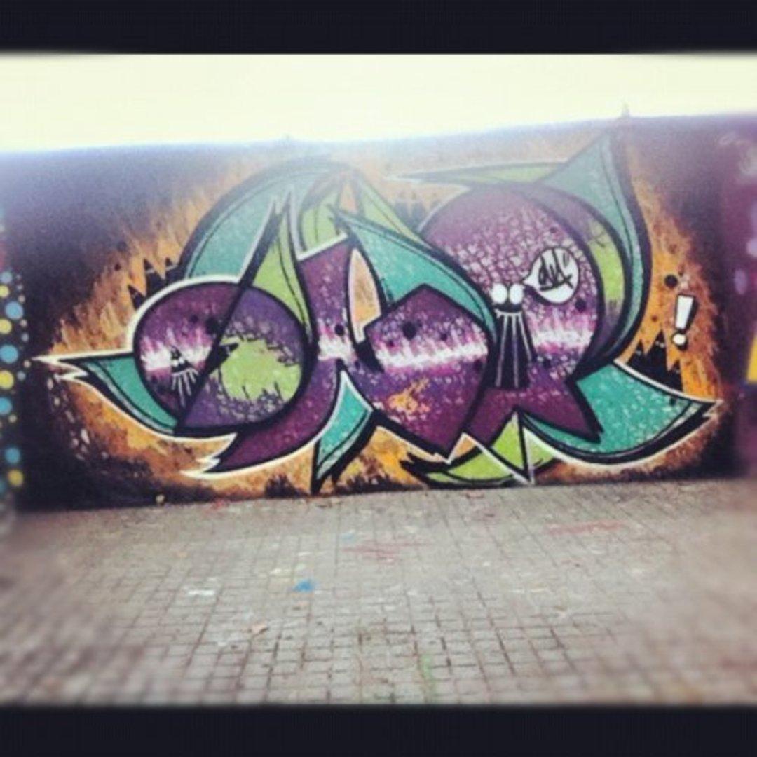Wallspot - ONA -  - Barcelona - Agricultura - Graffity - Legal Walls - Lletres, Il·lustració