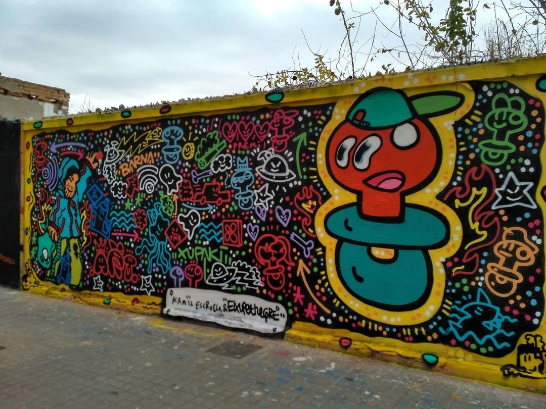 Wallspot - evalop - Kamil Escruela/El xupet negre - Barcelona - Agricultura - Graffity - Legal Walls -  - Artist - kamil escruela