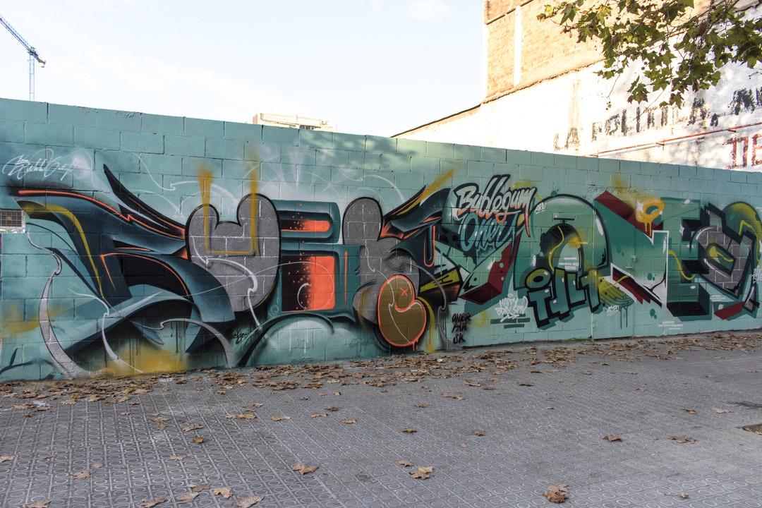 Wallspot - cbs350 - Bublegum+oner - Barcelona - Poble Nou - Graffity - Legal Walls - Letters