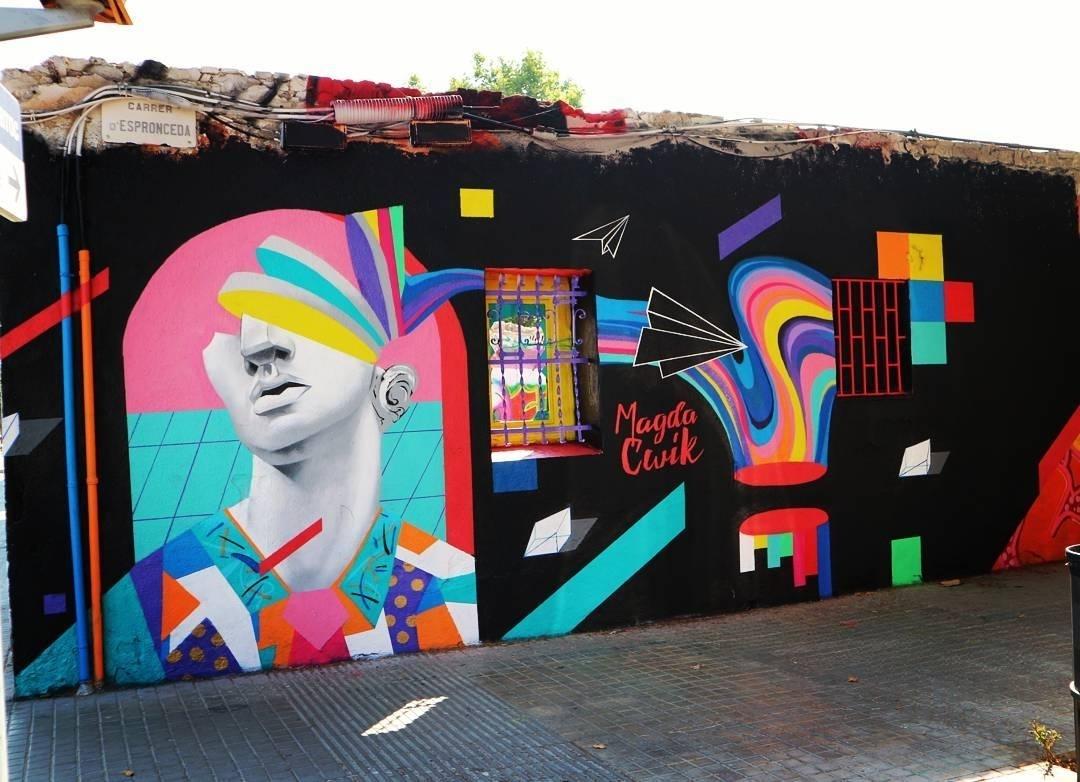 Wallspot - senyorerre3 - Art Magda Cwik - Barcelona - Western Town - Graffity - Legal Walls - Illustration - Artist - Magda Ćwik