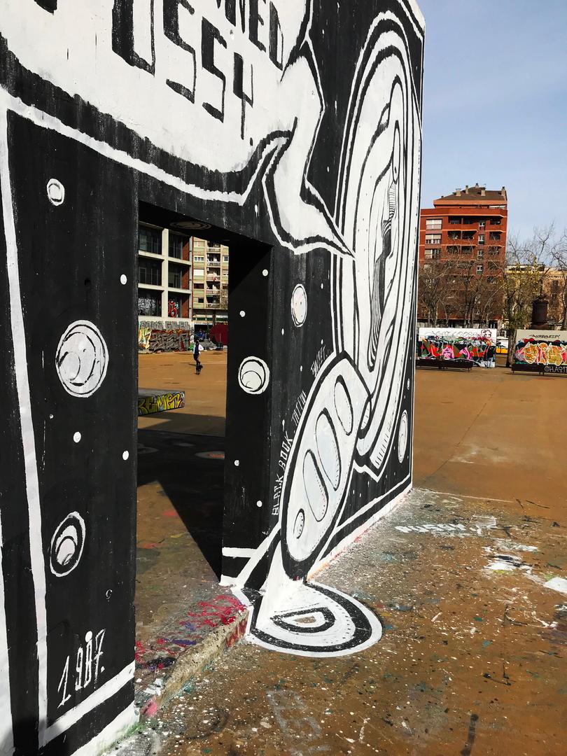 Wallspot - Gerard Suñé Chamorro - Canned Pussy. - Barcelona - Tres Xemeneies - Graffity - Legal Walls -