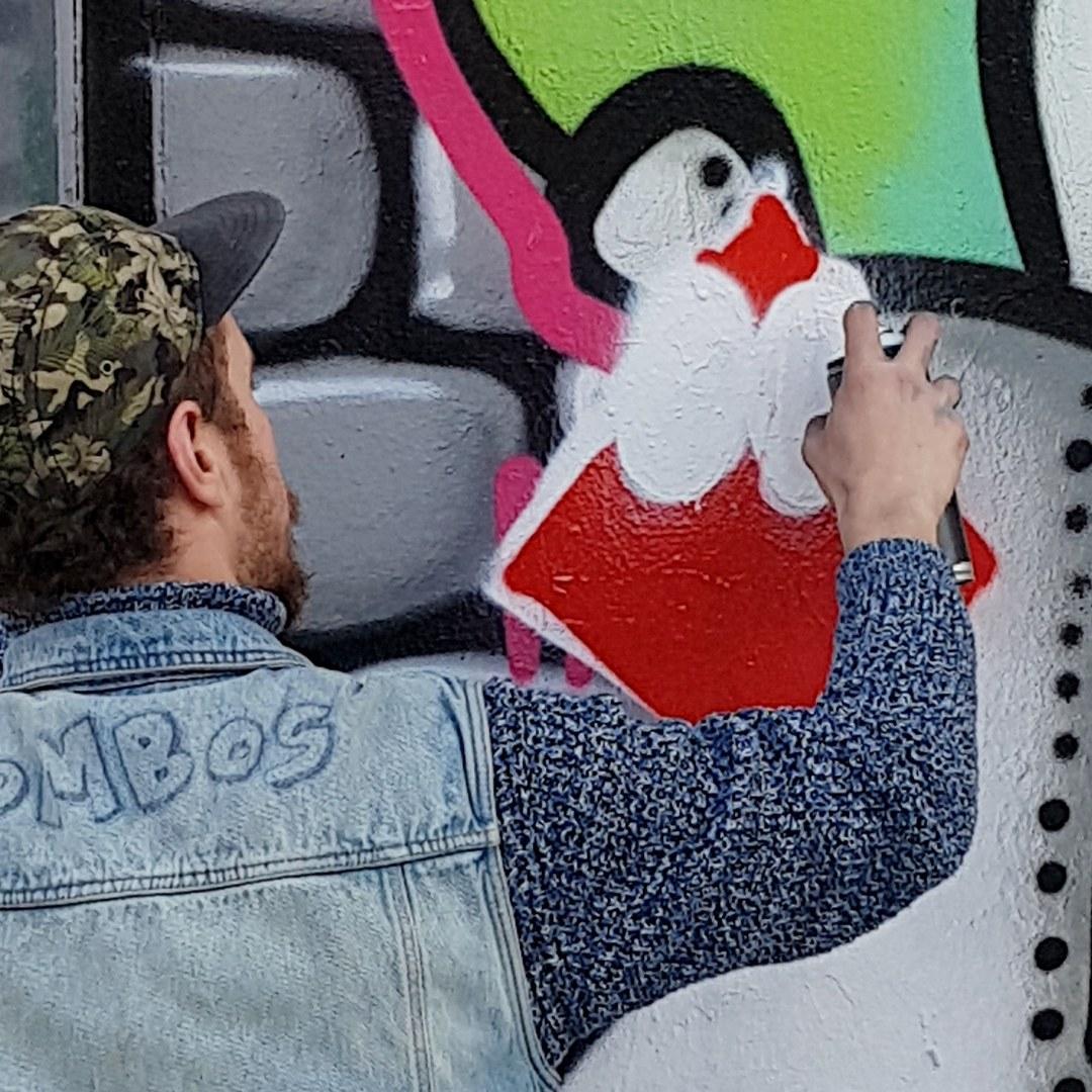 Wallspot - senyorerre3 - Art ROMBOS - Barcelona - Tres Xemeneies - Graffity - Legal Walls - Illustration