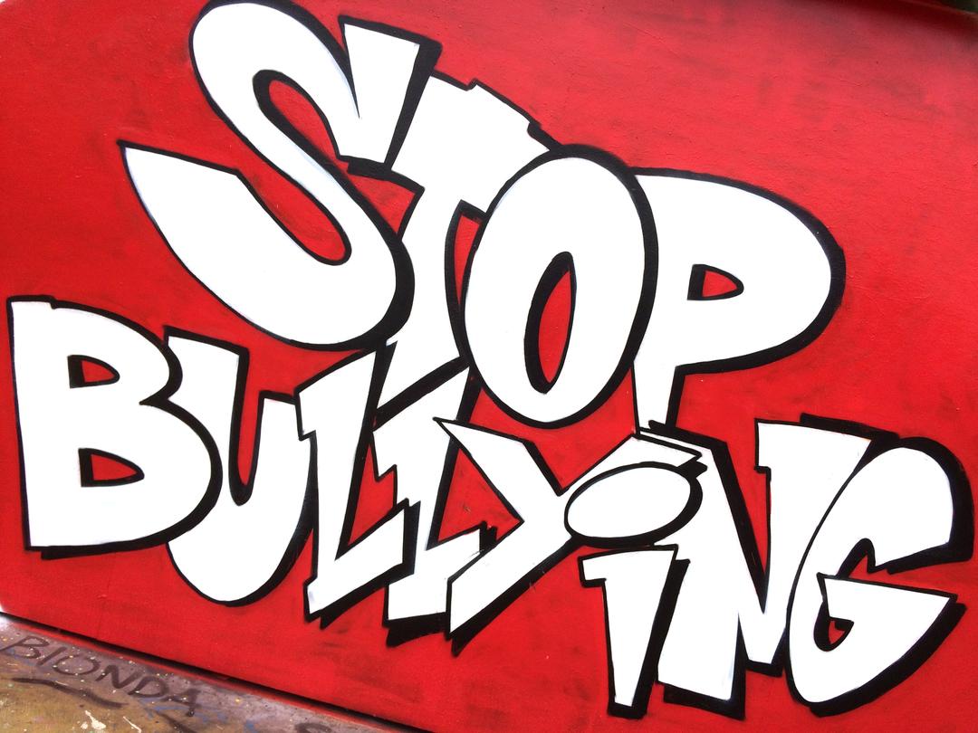 Wallspot - LaCastillo - STOP BULLYING  - Barcelona - CUBE tres xemeneies - Graffity - Legal Walls - Letters, Illustration