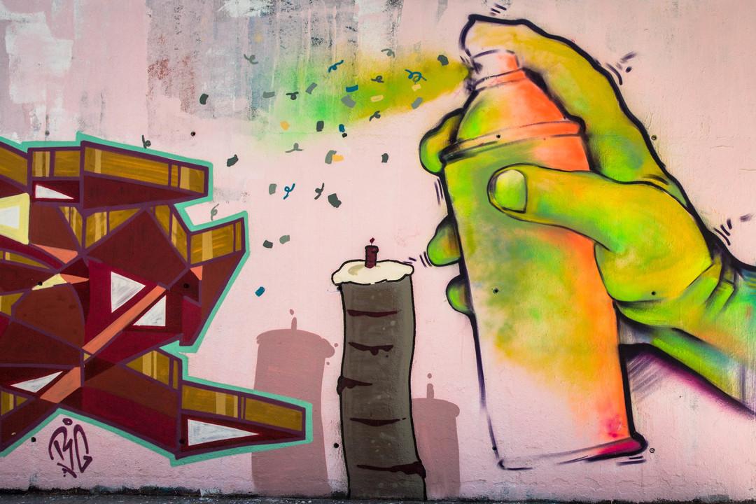 Wallspot - JOAN PIÑOL - ELVIS ENTE - Barcelona - Tres Xemeneies - Graffity - Legal Walls -
