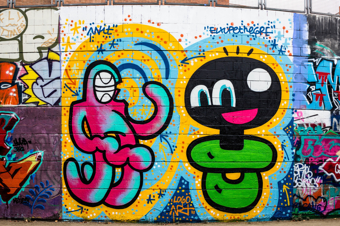 Wallspot - JOAN PIÑOL - XUPET NEGRE I ANIT - Barcelona - Drassanes - Graffity - Legal Walls -