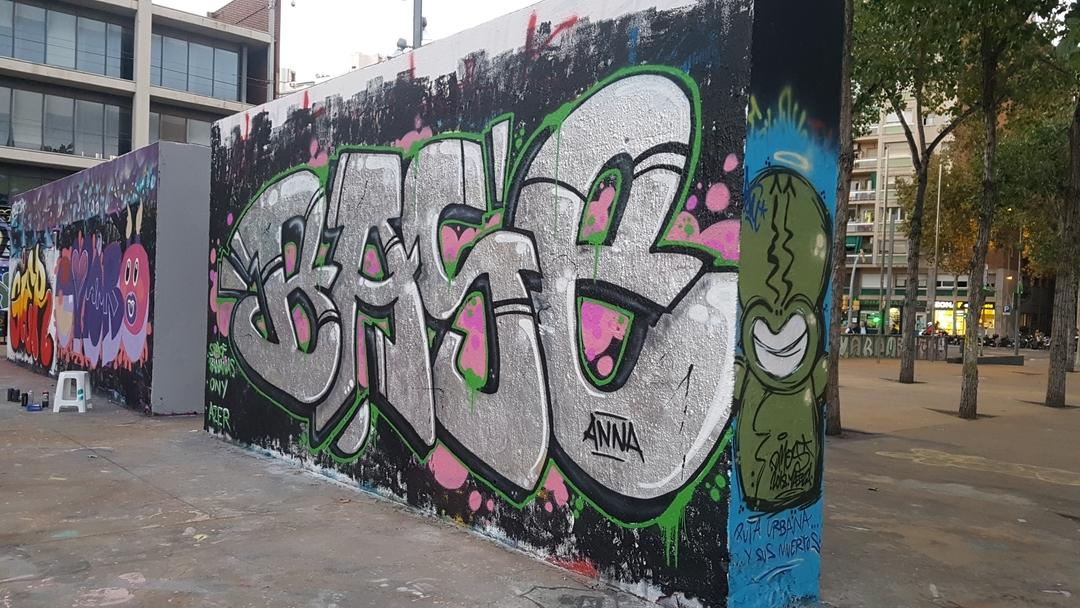 Wallspot - mark -  - Barcelona - Tres Xemeneies - Graffity - Legal Walls -