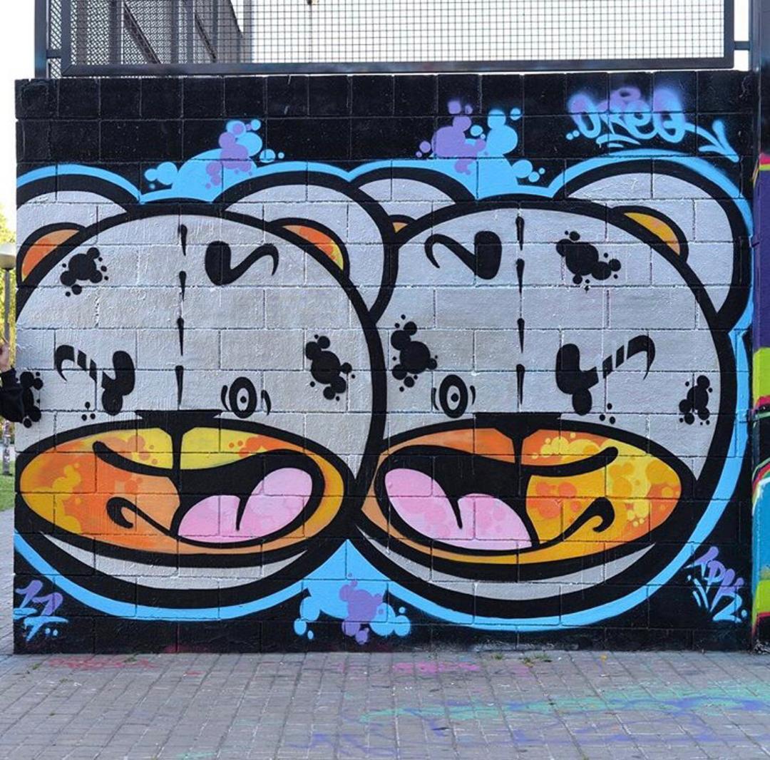 Wallspot - Zach OREO - double Bad Ass Bear!!! - Barcelona - Drassanes - Graffity - Legal Walls - Illustration