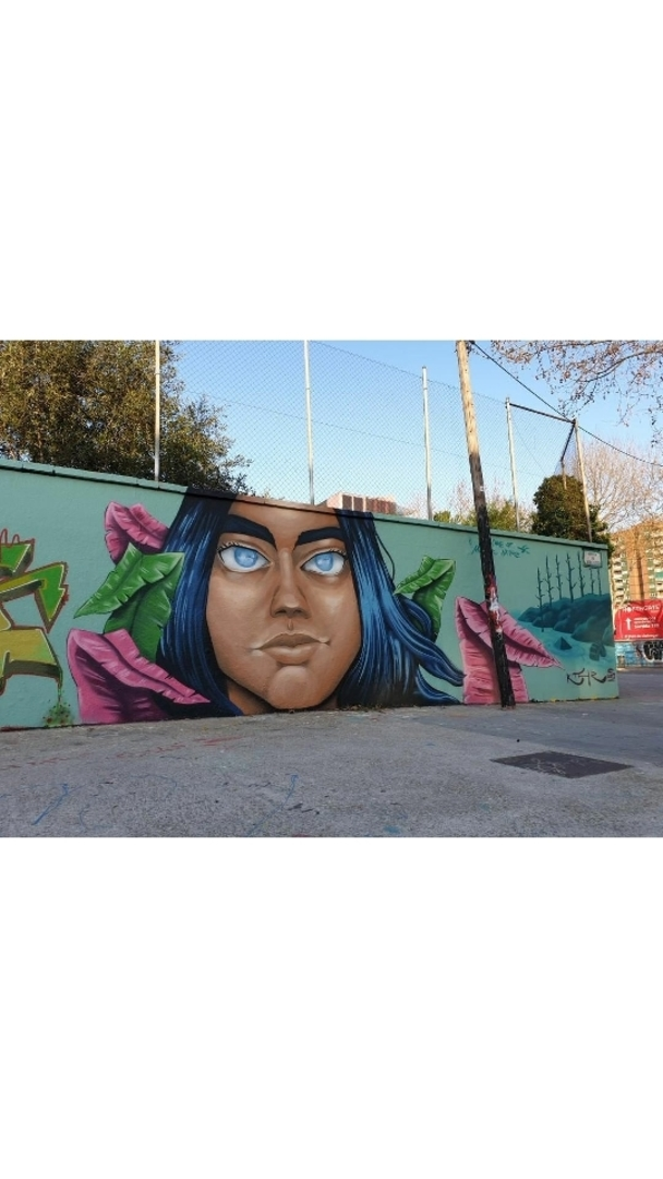 Wallspot - Uri KTHR - Take care of Mother Nature - Barcelona - Agricultura - Graffity - Legal Walls - Il·lustració