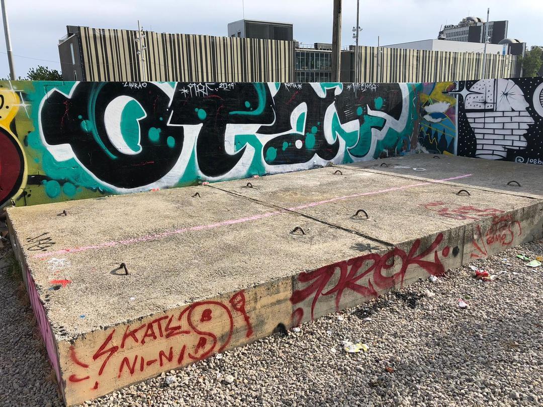 Wallspot - Mr.Otaf - Parc de la Bederrida - Mr.Otaf - Barcelona - Parc de la Bederrida - Graffity - Legal Walls - Letras