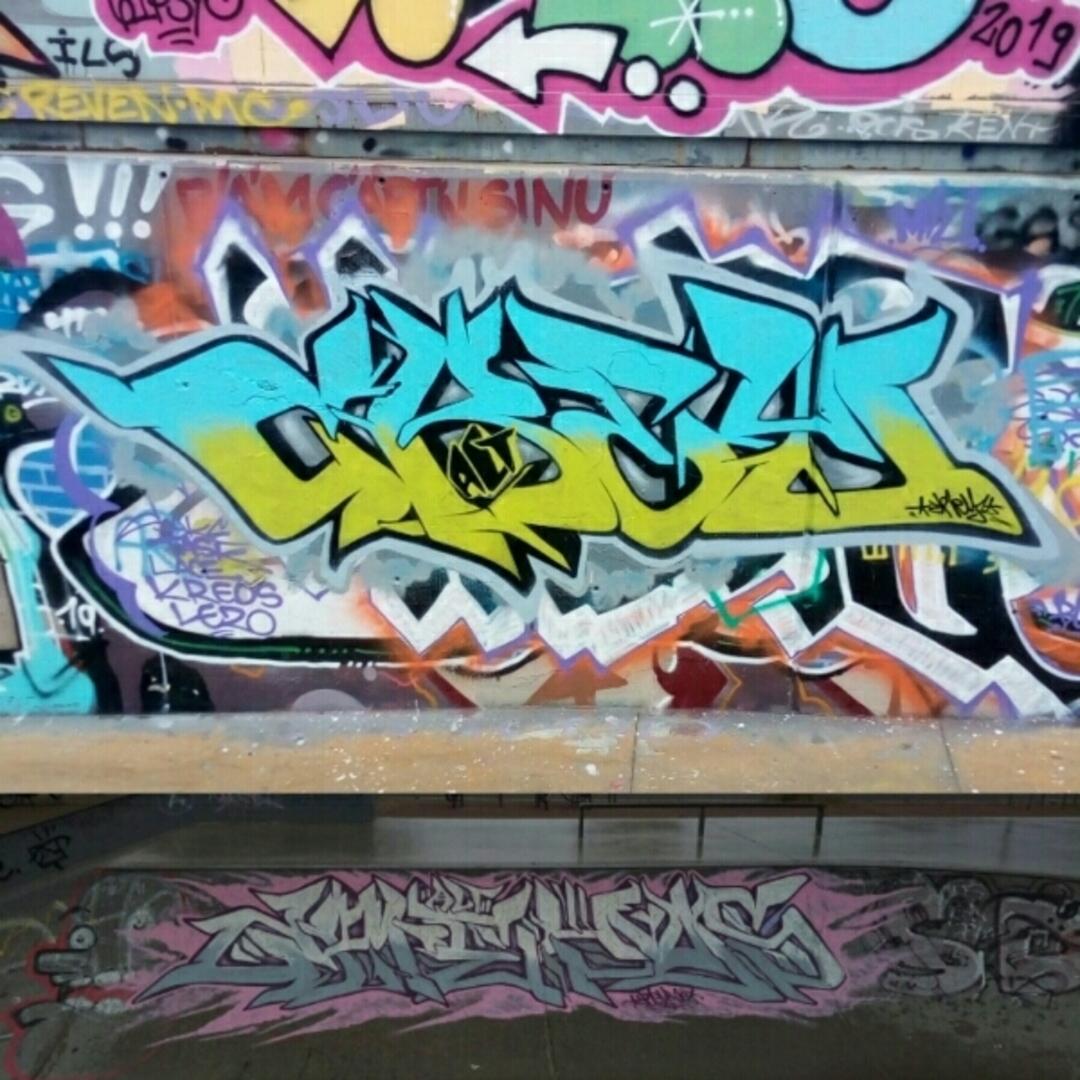 Wallspot - crey_one -  - Barcelona - Tres Xemeneies - Graffity - Legal Walls - Lletres