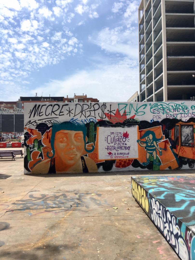 Wallspot - araL - femme - Barcelona - Tres Xemeneies - Graffity - Legal Walls - Il·lustració
