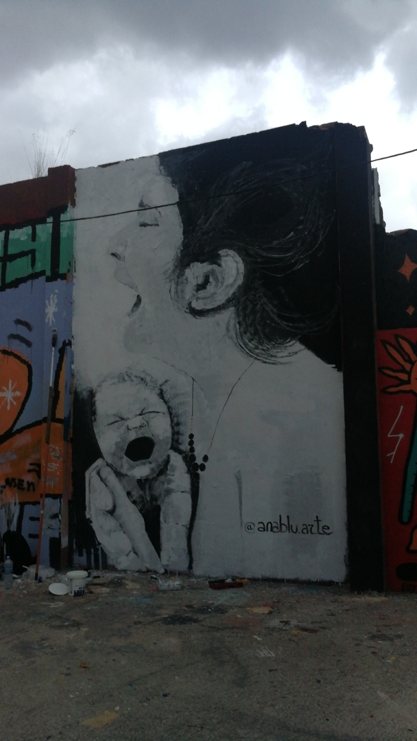 Wallspot - Ana BLÜ -  - Barcelona - Agricultura - Graffity - Legal Walls -