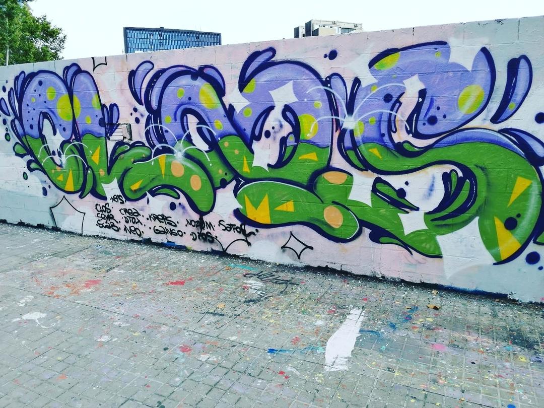 Wallspot - closMotiont2k - Poble Nou 14.9 - Barcelona - Poble Nou - Graffity - Legal Walls - Lletres
