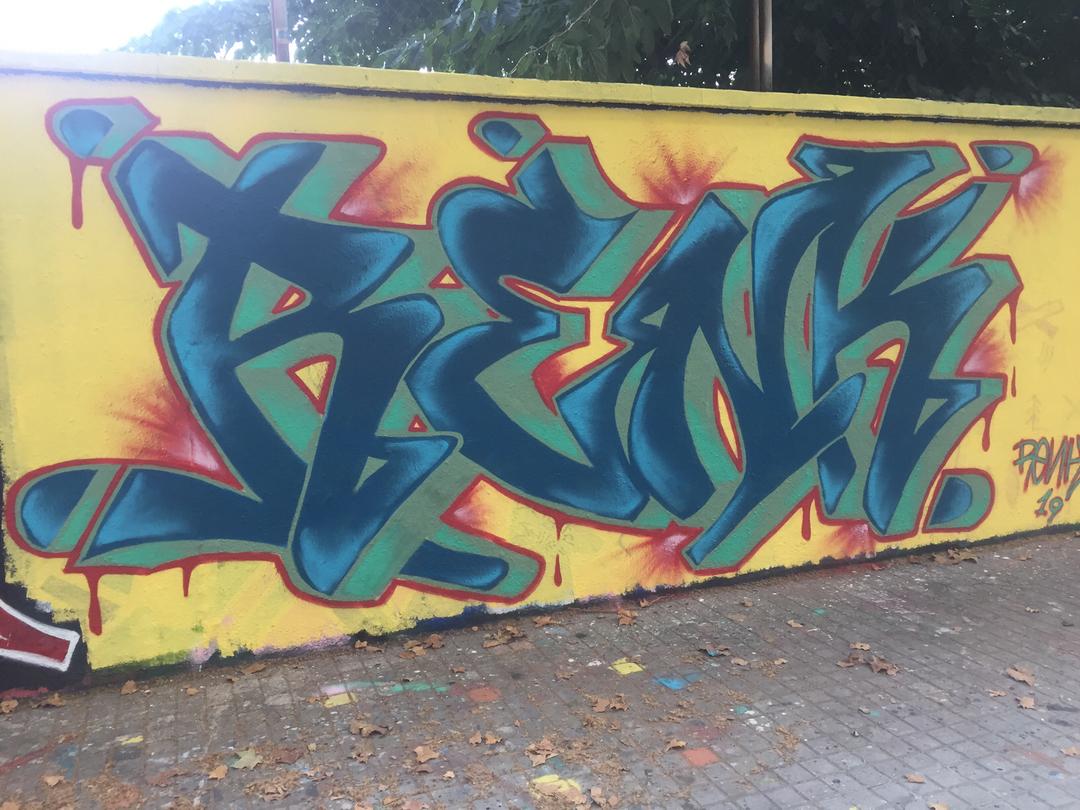 Wallspot - Renk_graff - Blue Letters  - Barcelona - Agricultura - Graffity - Legal Walls -