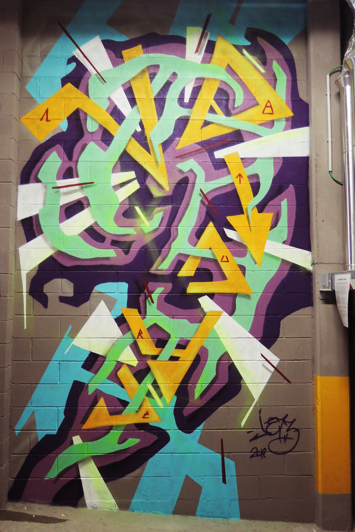 Wallspot - JE73 - Parcheggio Novotel Via Trento - JE73 - Parma - Parcheggio Novotel Via Trento - Graffity - Legal Walls - Lletres, Il·lustració, Stencil