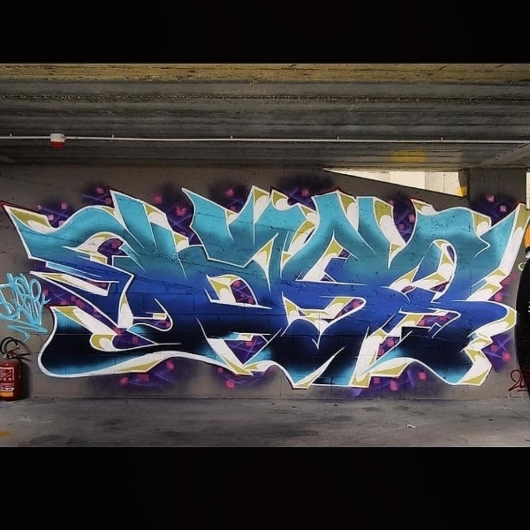 Wallspot - Dase uno - Parcheggio Novotel Via Trento - Parma - Parcheggio Novotel Via Trento - Graffity - Legal Walls - Letters