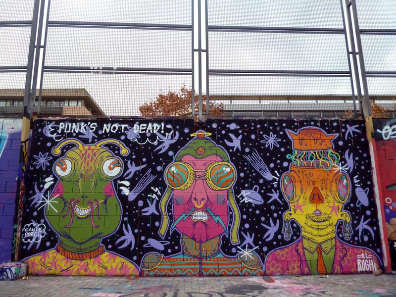 Wallspot - El Rughi - Punk's Not Dead! - El Rughi - Barcelona - Drassanes - Graffity - Legal Walls -