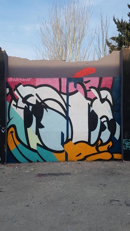 Wallspot - ives.one - daisy duck - Barcelona - Selva de Mar - Graffity - Legal Walls - Il·lustració