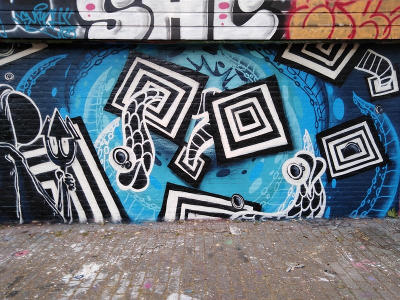 Wallspot - Season Is Coming - Croos - Season Is Coming - Rotterdam - Croos - Graffity - Legal Walls - ,