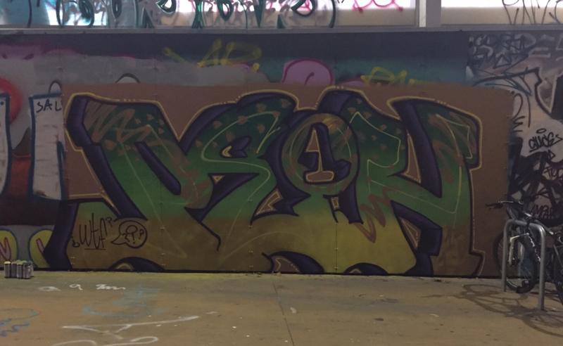 Wallspot - peone1 - PEON - Barcelona - Tres Xemeneies - Graffity - Legal Walls - Lletres