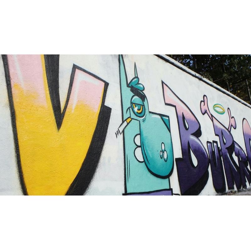 Wallspot - v de burro - gos blau - Barcelona - Agricultura - Graffity - Legal Walls - Lletres, Il·lustració