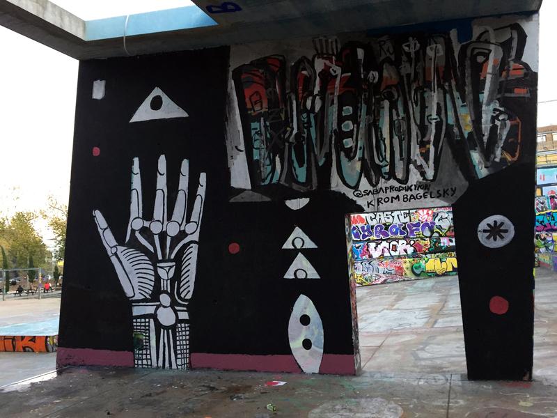 Wallspot - Krom Bagelsky - CUBE tres xemeneies - Krom Bagelsky - Barcelona - CUBE tres xemeneies - Graffity - Legal Walls -
