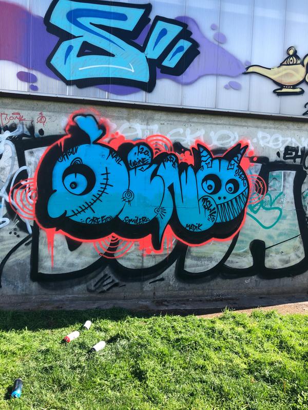 Wallspot - Dieno - Dead letters - Barcelona - Forum Place - Graffity - Legal Walls - Lletres, Il·lustració