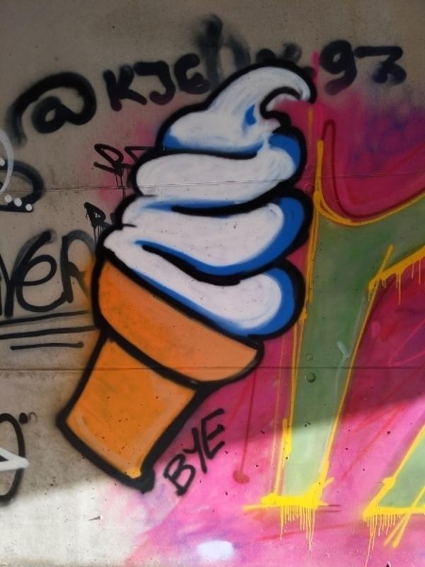 Wallspot - bukka - too hot - Tallinn - Laagri Spot - Graffity - Legal Walls - Ilustración