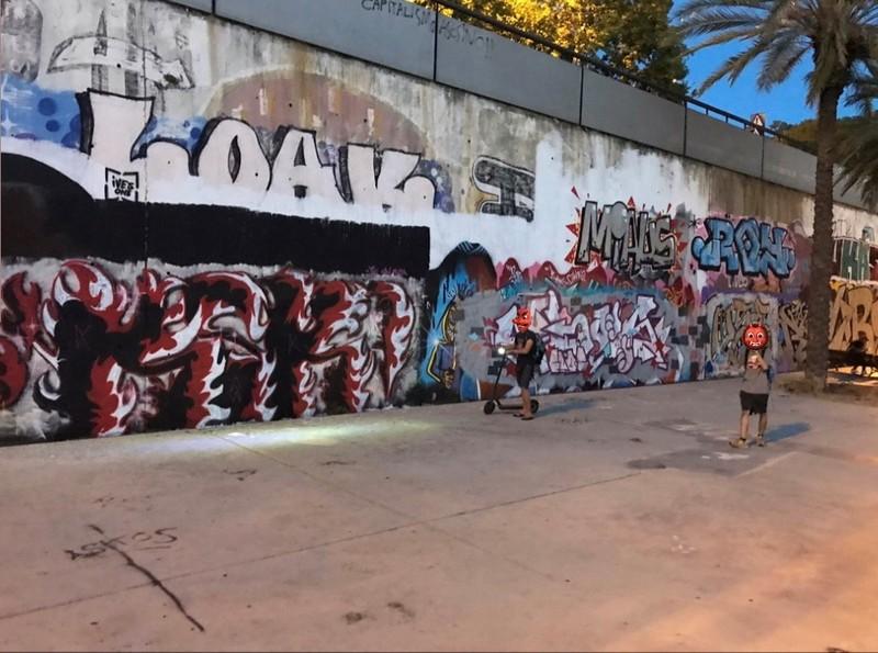 Wallspot - KSKONE - KSK1 ft. Cloos & Etnik (NST) - Skate Park on Fire! - Barcelona - Skate Park les corts - Graffity - Legal Walls - Lletres