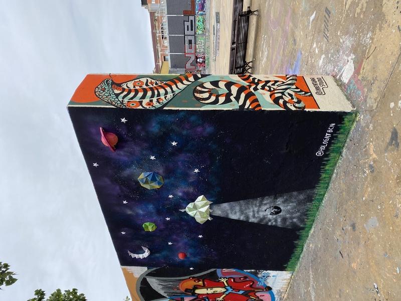 Wallspot - HologatBCN - 3D Galaxy- Tres Xemeneies - HologatBCN - Barcelona - Tres Xemeneies - Graffity - Legal Walls - Others