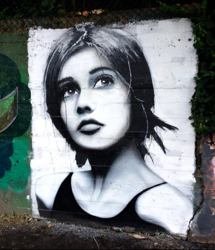 Wallspot - Slave - The lonely girl - Aberdeen - Sunnybank Park / Throwupgallery - Graffity - Legal Walls - Others